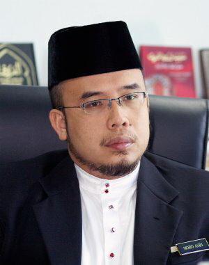 Lafaz sumpah itu betul mengikut ajaran Islam tetapi tindakan memegang Al Quran dan berada dalam masjid tidak perlu dilakukan.Bukan mudah seseorang melafazkan sumpah mubahalah itu melainkan dia dalam keadaan tidak siuman ataupun dia sedar apa yang diyakini itu benar - Ustaz Asri
