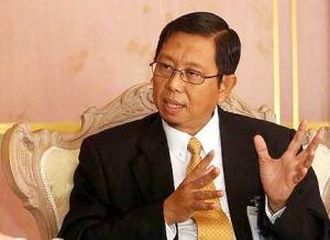 Dengan adanya muktamar yang julng-julung kali di adakan di negeri Perak, orang ramai dapat mengenali PAS dengan lebih dekat dan ini boleh meniup semangat kepada jentera parti PAS Perak - Menteri Besar Perak, Dato' Seri Mohd Nizar