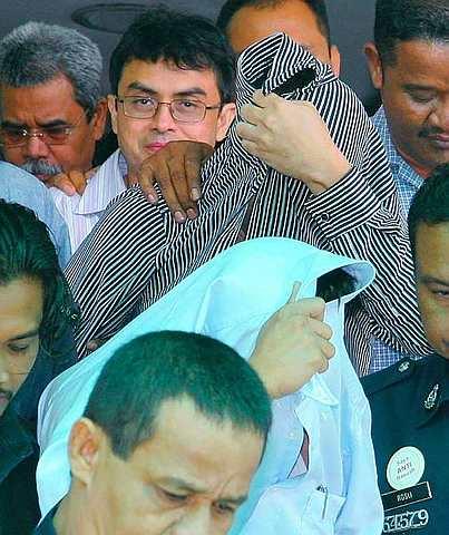 NASIB ketiga-tiga tertuduh kes pembunuhan wanita Mongolia, Altantuya Shaariibuu, Cif Inspektor Azilah Hadri, Koperal Sirul Azhar Umar dan Abdul Razak Abdullah Baginda bakal diketahui hari ini. - fotoBERNAMA