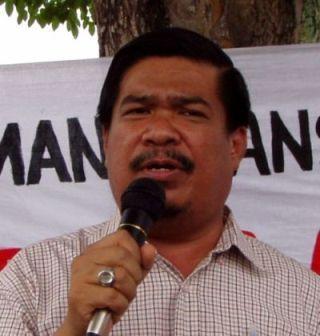 Yang menimbulkan lebih cemas, rakyat melihat pimpinan PAS tidak yakin kemenanganya jika Bekas Ahli Parlimen, Haji Mohamad Sabu pemceramah ramai peminat itu diletakkan sebagai calon seperti dicadangkan oleh Mursyidul Am, Dato' Nik Abdul Aziz Nik Mat
