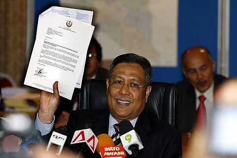 SPR telah bertindak di luar perlembagaan dalam keputusannya tidak mahu mengiktiraf notis makluman kekosongan yang disampaikan oleh Sivakumar.