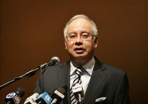 Cantuik Nasihat PM kita .. Kalaulah Zamry dan kuncu2nya di Perak ikut Nasihat ini, selamatlah perak semua..?